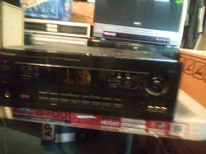 Pioneer receiver 280 watts, very loud and powerful for Sale in Riverside, CA