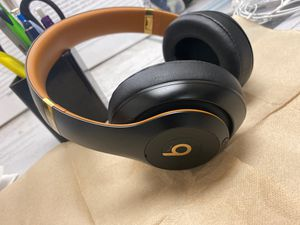 BEATS STUDIO WIRELESS 3 for Sale in Columbus, OH