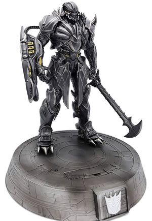 Transformers- MEGATRON - Statue/Phone Charging Dock for Sale in Los Angeles, CA