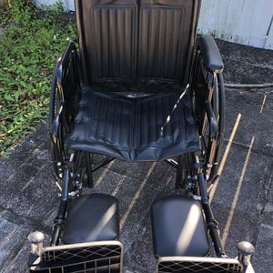 "Silver Sport 2 Wheelchair 18"" for Sale in Pinellas Park, FL"