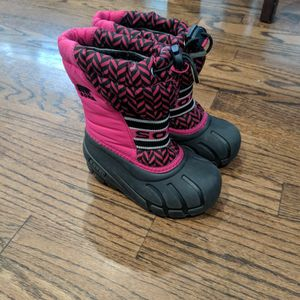 Girl toddler Snow Boots for Sale in Watsonville, CA