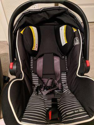 Graco Snugride 35xl Infant Car Seat for Sale in Carmichael, CA
