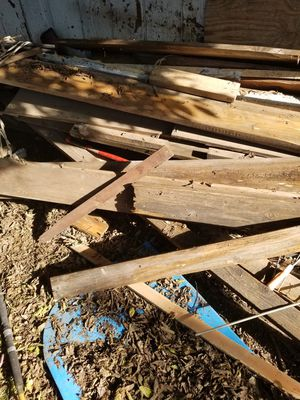 Madera wood free gratis for Sale in Fort Worth, TX
