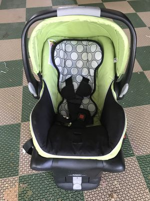 Britax car seat and base for Sale in Canonsburg, PA