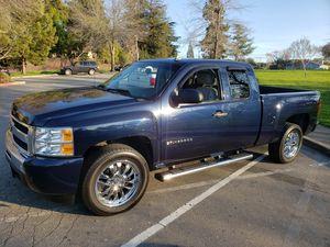 2010 Chevy Silverado flex fuel for Sale in Hayward, CA