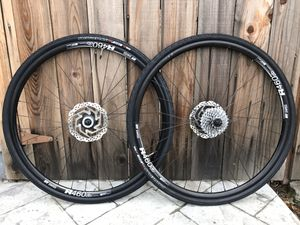 Like new DT Swiss R460 RS505 hubs Specialized nimbus tires SRAM cassette disc brake rotor wheel set for Sale in Mountain View, CA