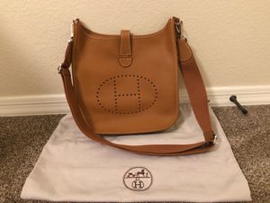 Hermès Evelyne III 33 bag for sale!! for Sale in Phoenix, AZ