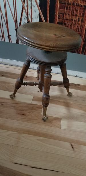 Antique Piano Bench for Sale in St. Louis, MO