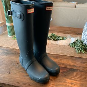 Hunter Rain Boots - Size 9 for Sale in Tampa, FL