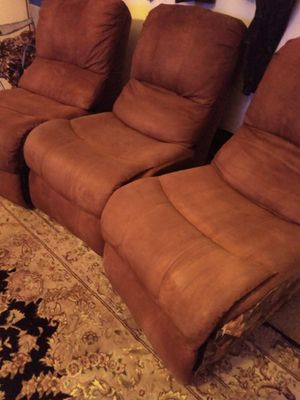 3 movie theater chairs for Sale in Victorville, CA