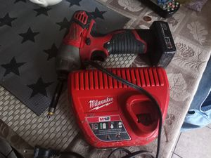 Milwaukee 12 hex impact set for Sale in Chicago, IL