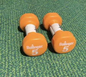 5 lb dumbbells dumbbell set x2 10 lbs total NEW Hex coated Nice weights weight pair pounds pound cap orange for Sale in Cleveland, OH