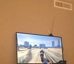 """Tcl ROKU tv 50"""" for Sale in Dallas, TX"""