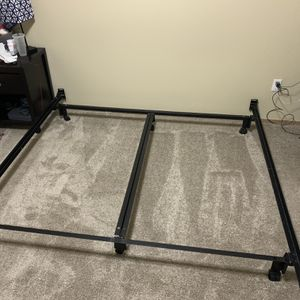 Metal King Bed Frame for Sale in Marysville, WA