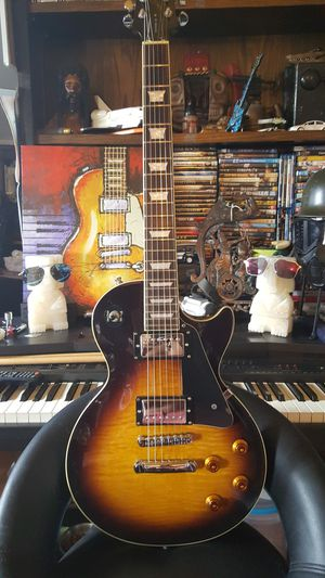Epiphone les paul gibson 2003 for Sale in Los Angeles, CA