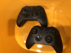Lot of 2 Xbox One Controllers! for Sale in Canby, OR