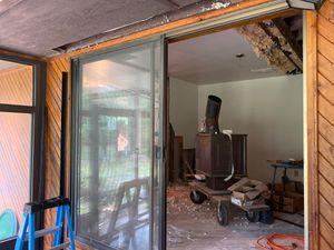 Free 8' Sliding glass door for Sale in Graham, WA