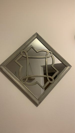 Mirror decor for Sale in Ypsilanti, MI