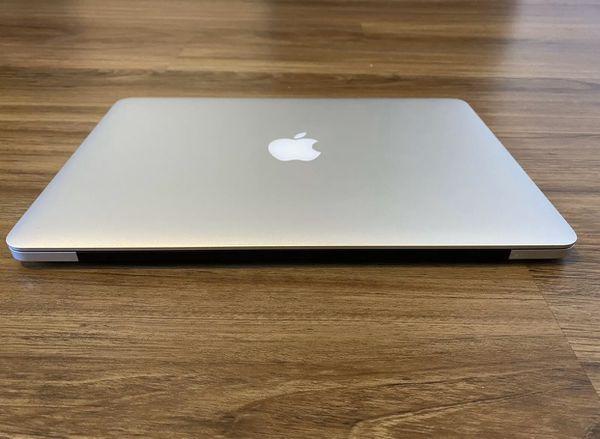 Macbook Pro (Retina, 13-inch, Mid 2014) 8GB RAM 256GB STORAGE
