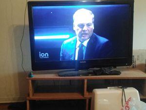 43 inch Phillips plasma TV for Sale in Kennewick, WA