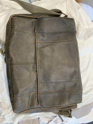 Wilson's Leather Brown Messenger Bag - NWT for Sale in Virginia Beach, VA