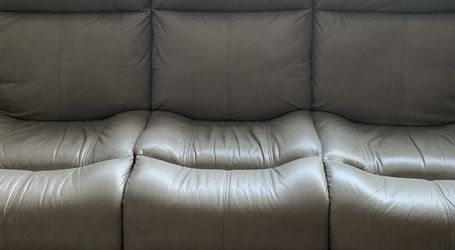 Grey Power Reclining Sofa for Sale in Oakland,  CA