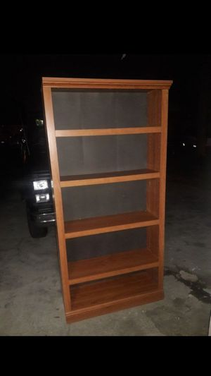 Tall bookshelf for Sale in Fullerton, CA