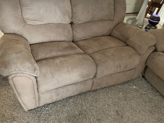 love seat recliner and queen sleeper sofa for Sale in Austin,  TX