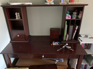 Study Computer Table Desk with removable hutch and chair for Sale in West Covina, CA