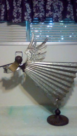 Metal angel decoration. Approximately 26 in tall by 28 in wide for Sale in Glendora, CA