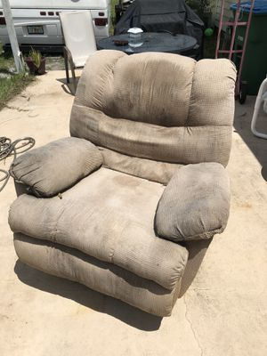 FREE Armchair for Sale in Orlando, FL