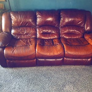 Electric leather recliner couch for Sale in San Diego, CA