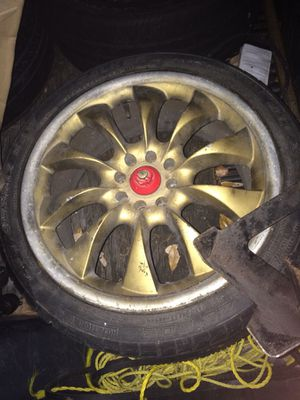 "Gold 17"" universal rims for Sale in Lauderhill, FL"