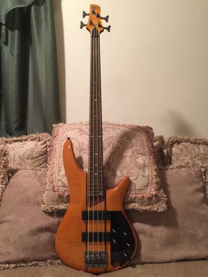 Bass Guitar for Sale in Pitman, NJ