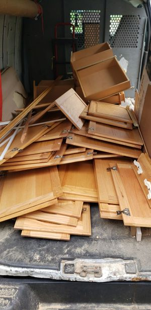 Kitchen doors and drawers for Sale in Glenview, IL
