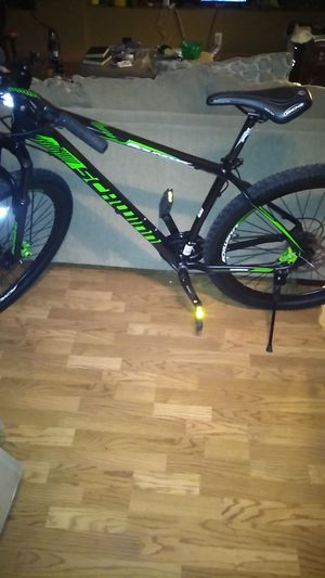 Schwinn mountain bike for Sale in Lodi, CA