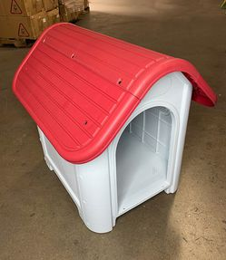 "New in box $45 Plastic Dog House Small/Medium Pet Indoor Outdoor All Weather Shelter Cage Kennel 30x23x26"" for Sale in El Monte,  CA"