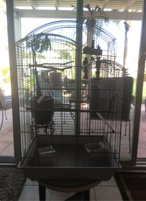 Bird Cage for Sale!! With base for Sale in Hemet, CA