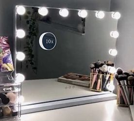 Hansong Vanity Makeup Mirror with Lights,Hollywood Lighted Mirror with 14 pcs Dimmable Led Bulbs for Dressing Room & Tabletop Mirror or Wall Mounted,S for Sale in Santa Monica,  CA