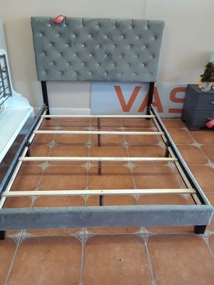 Queen bed frame for Sale in Antioch, CA