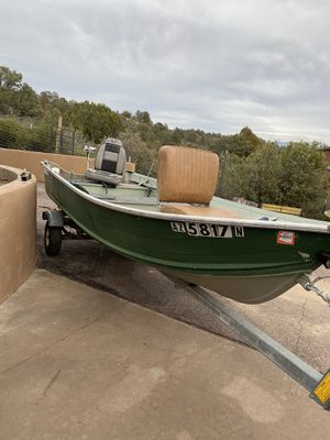 Aluminum boat and trailer for Sale in Mesa, AZ