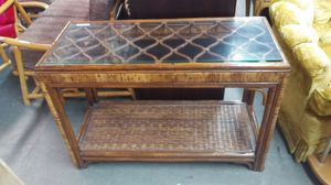 Rattan Side Table for Sale in Oakland Park, FL