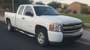 2011 Chevy Silverado V6 for Sale in Mesa, AZ