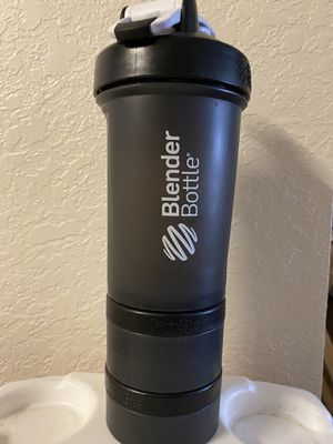 Blender bottle for shakes for Sale in Dunedin, FL