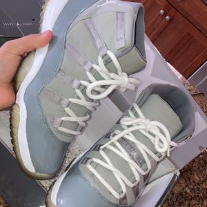 Jordan 11 Cool Grey High for Sale in Bensenville, IL
