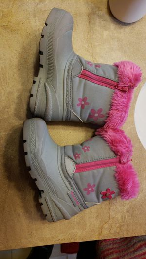 Kids snow boots scketcher for Sale in Elmhurst, IL