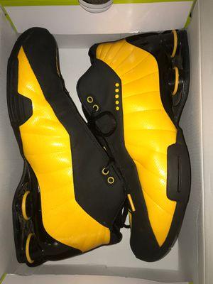 Nike shox 10.5 men's for Sale in Sandy, OR