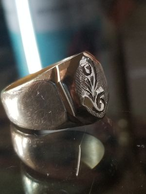18K MEN'S GOLD RING for Sale in Seattle, WA