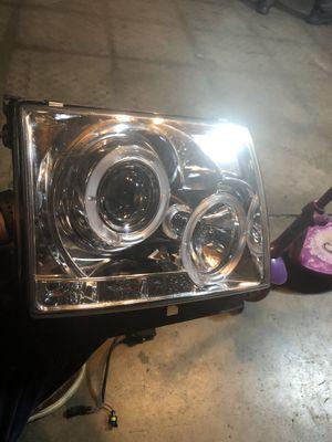 2000 Toyota Tacoma headlights for Sale in San Jose, CA