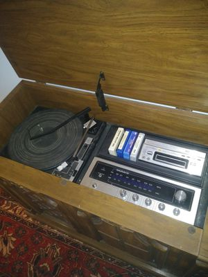 Vintage Magnavox stereo system. for Sale in Columbus, OH